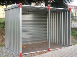 Container with open side